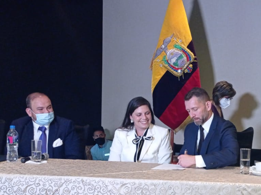 Lowell, Pact partner to develop artisanal mining project in Shuar communities in Ecuador